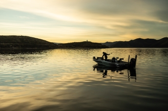 © Cameron Karsten Photography photographs freshwater fishing ambassador Todd Kline for Grundens